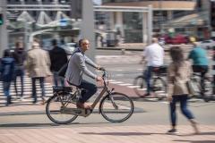 ANWBeeld Fotografie van E bikes  die  worden voor woon-werk.verkeer. Locatie Rotterdam Modellen: Robert van Laar, Michelle Klaver,Mireille Martis, Marc Remmers