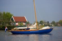 Deense Junior gebouwd door Rexwinkel Jachtbouw voor het Duitse blad Yacht.